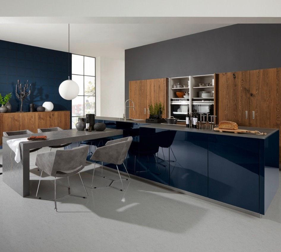 Moderne Küche Aus Eiche Lackiertes Holz Kochinsel Legnonova