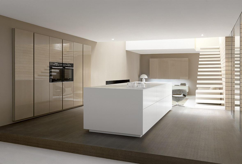 Moderne küche / laminat / kochinsel / lackiert   linea by ...
