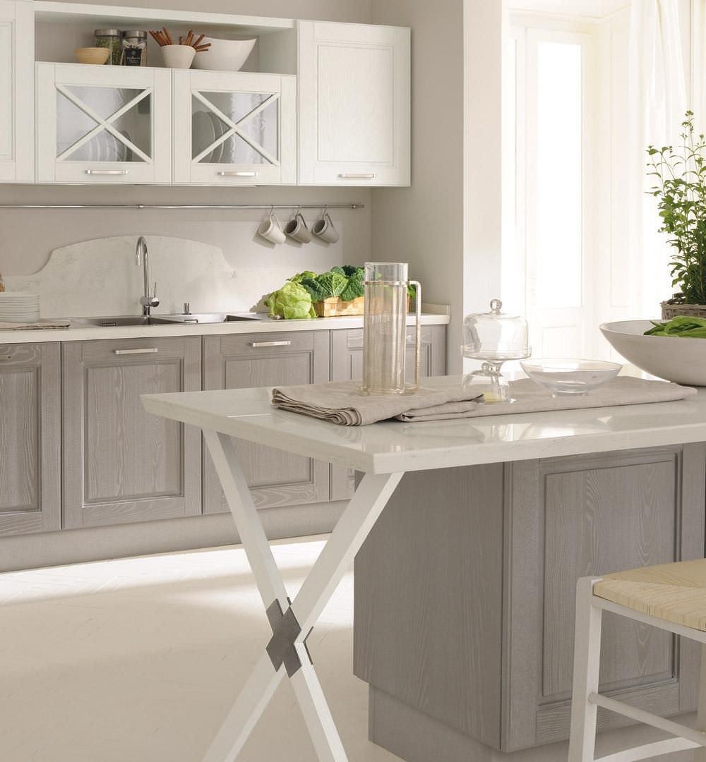 Klassische Küche / Holz - AGNESE - CUCINE LUBE
