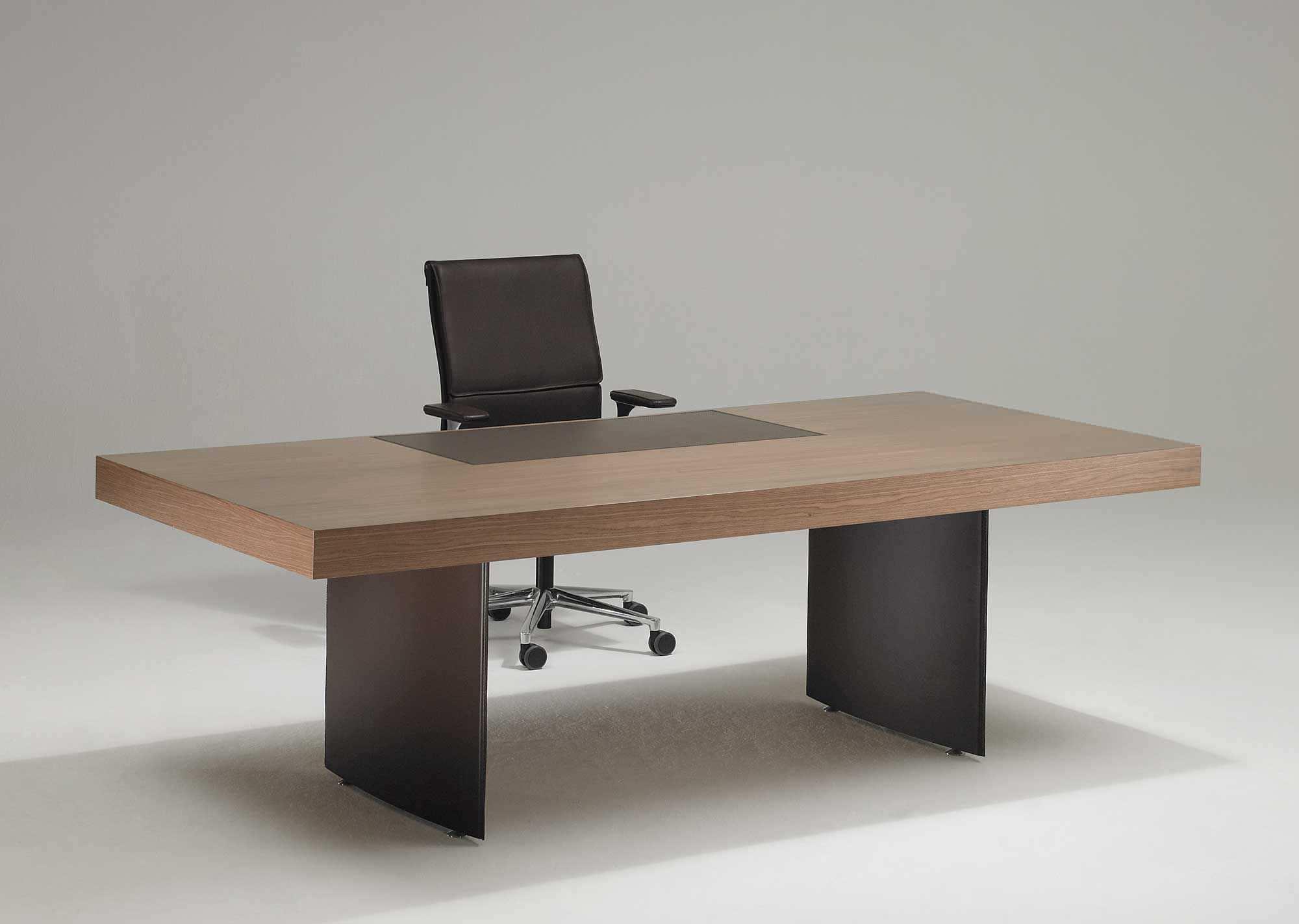 Schreibtisch modern  Chefschreibtisch / Holz / modern / Gewerbe - ORION - Protis