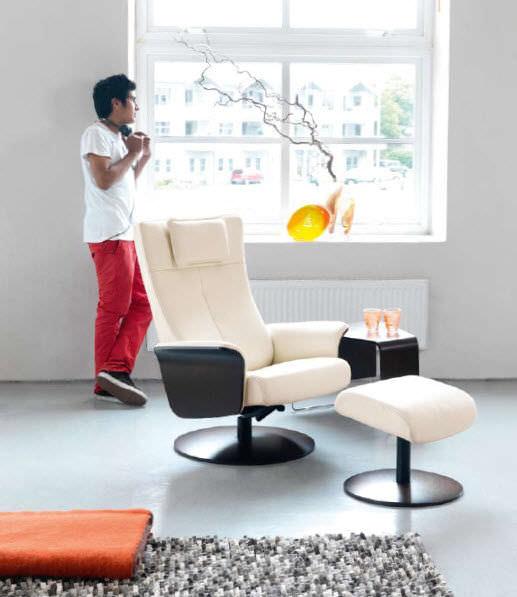 Klassischer Sessel / Leder / mit Fußstütze / schrägstellbar - DESIGN ...