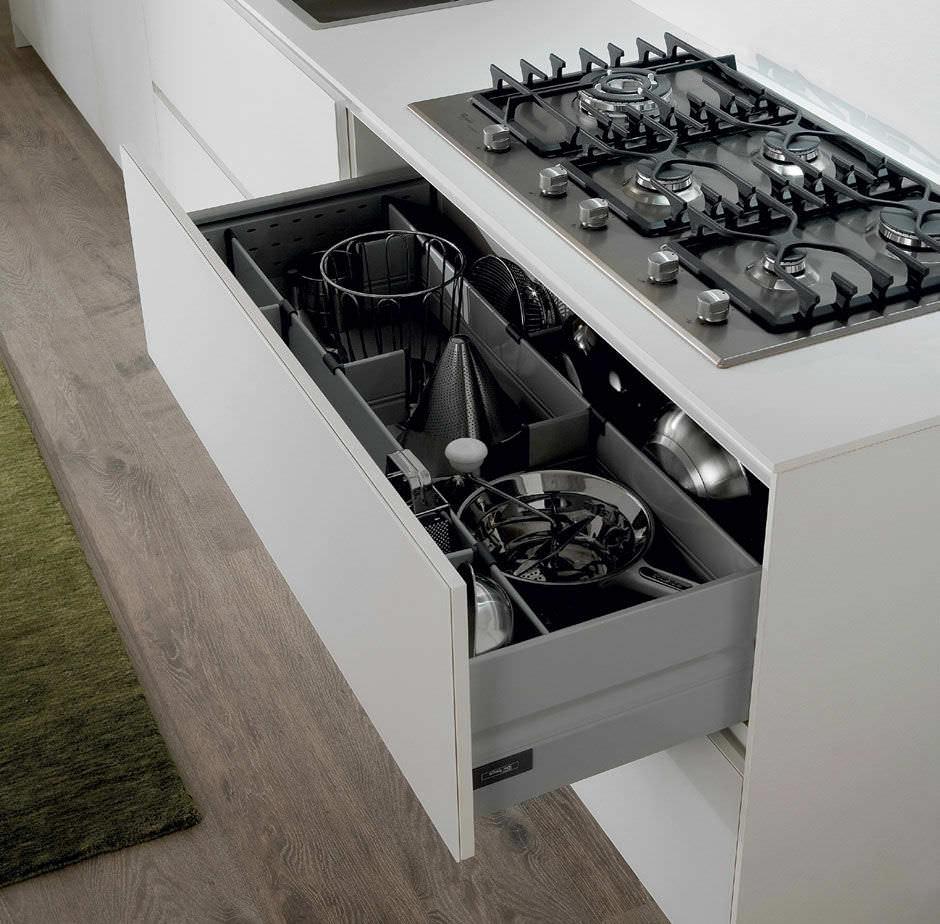 Moderne Küche / Holz / lackiert / matt - CRETA FLUTE by Centro ...