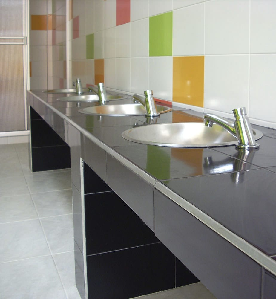 Fliesen Fur Badezimmer Kuchen Fur Boden Wand Blanco