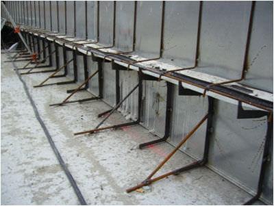 dehnungsfuge verlorene schalung aus stahlblech fa 1 4 r plakasteel rbc dehnungsfugen fliesen din