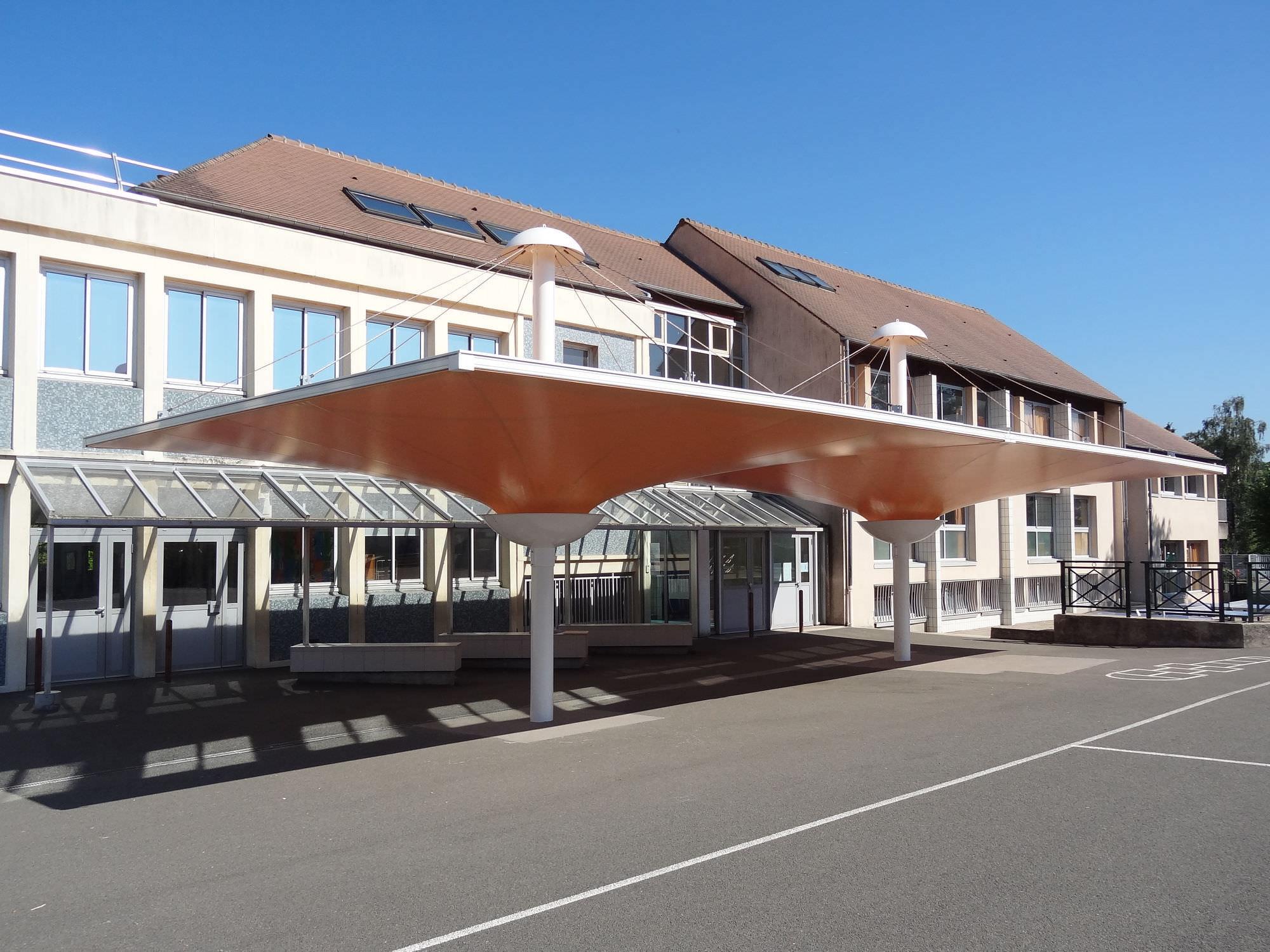 Metallrahmen-Flächentragwerk / für Dächer / mit ETFE-Membran - 2 ...
