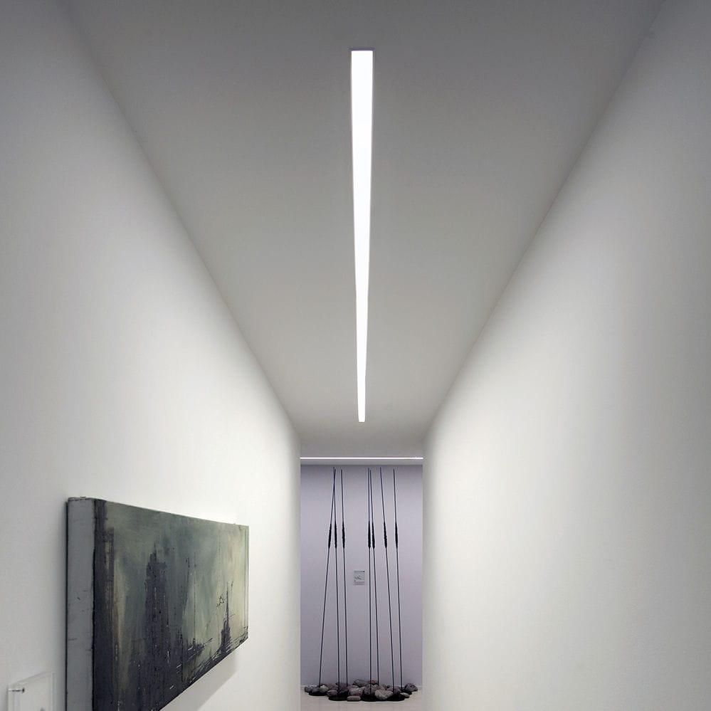 beleuchtungsprofil f r deckenmontage einbau led dimmbar ovvio display led esse ci. Black Bedroom Furniture Sets. Home Design Ideas