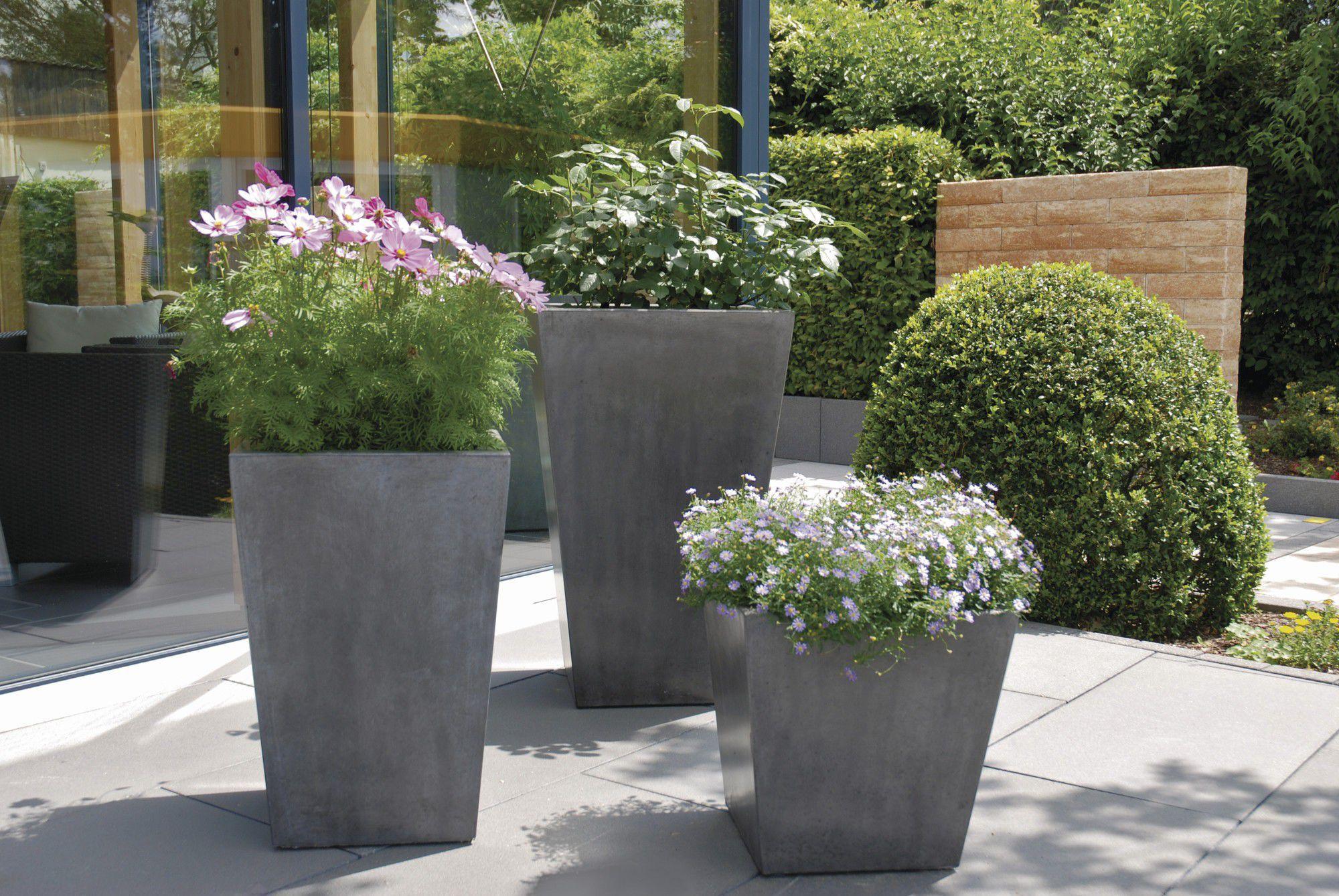Moderne Pflanzgefäße Terrasse schön pflanzkübel aus stein bilder die kinderzimmer design ideen