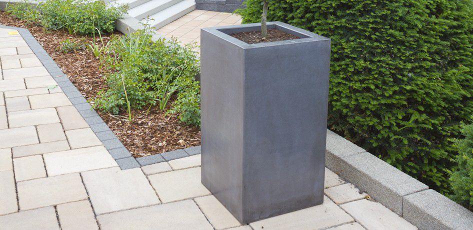 Stein-Pflanzkübel / quadratisch / modern - CUBICO - Rinn Beton ...