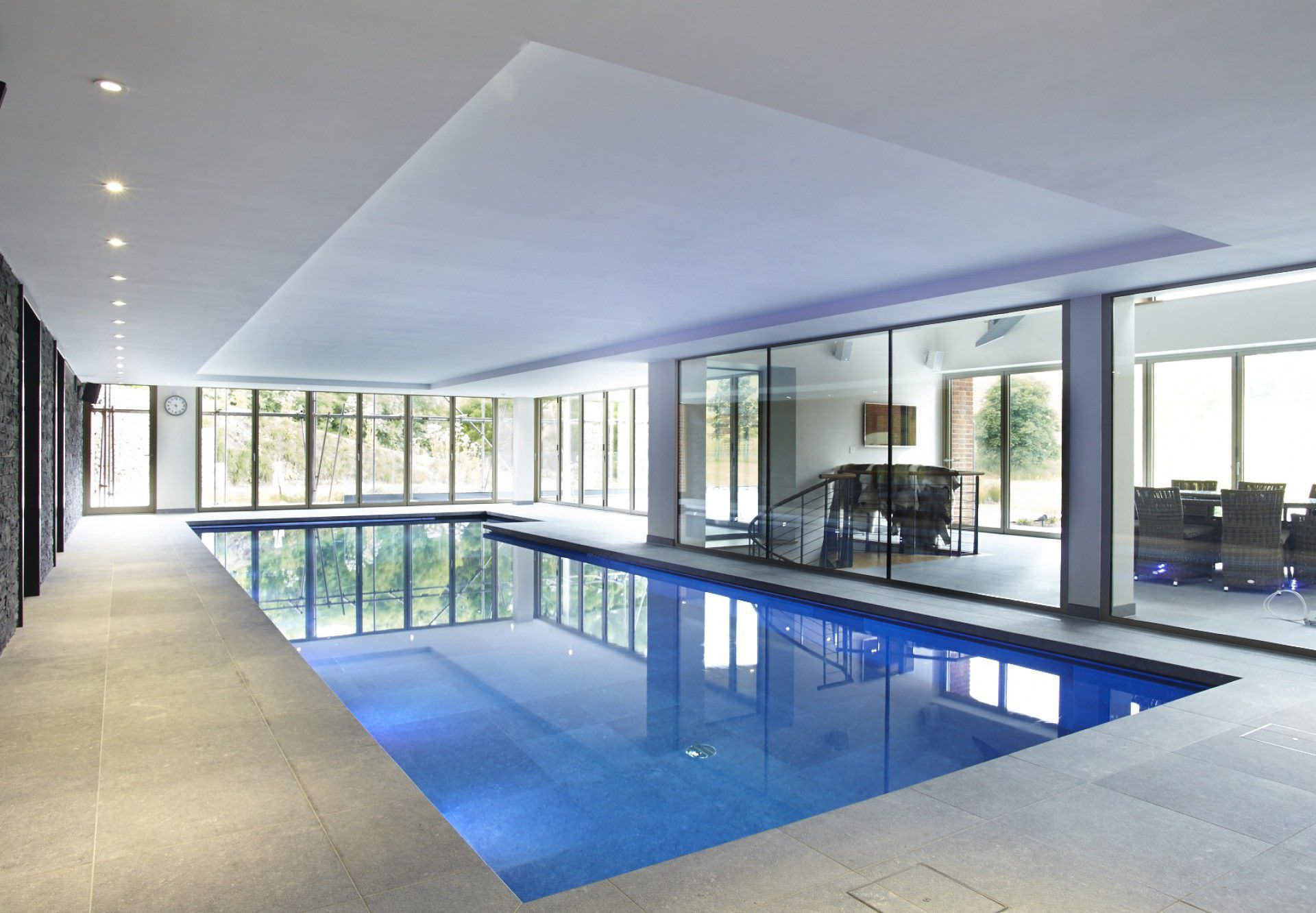Private indoor pool  Erdverlegtes Schwimmbecken / Keramik / Innenraum - BUCKINGHAMSHIRE ...