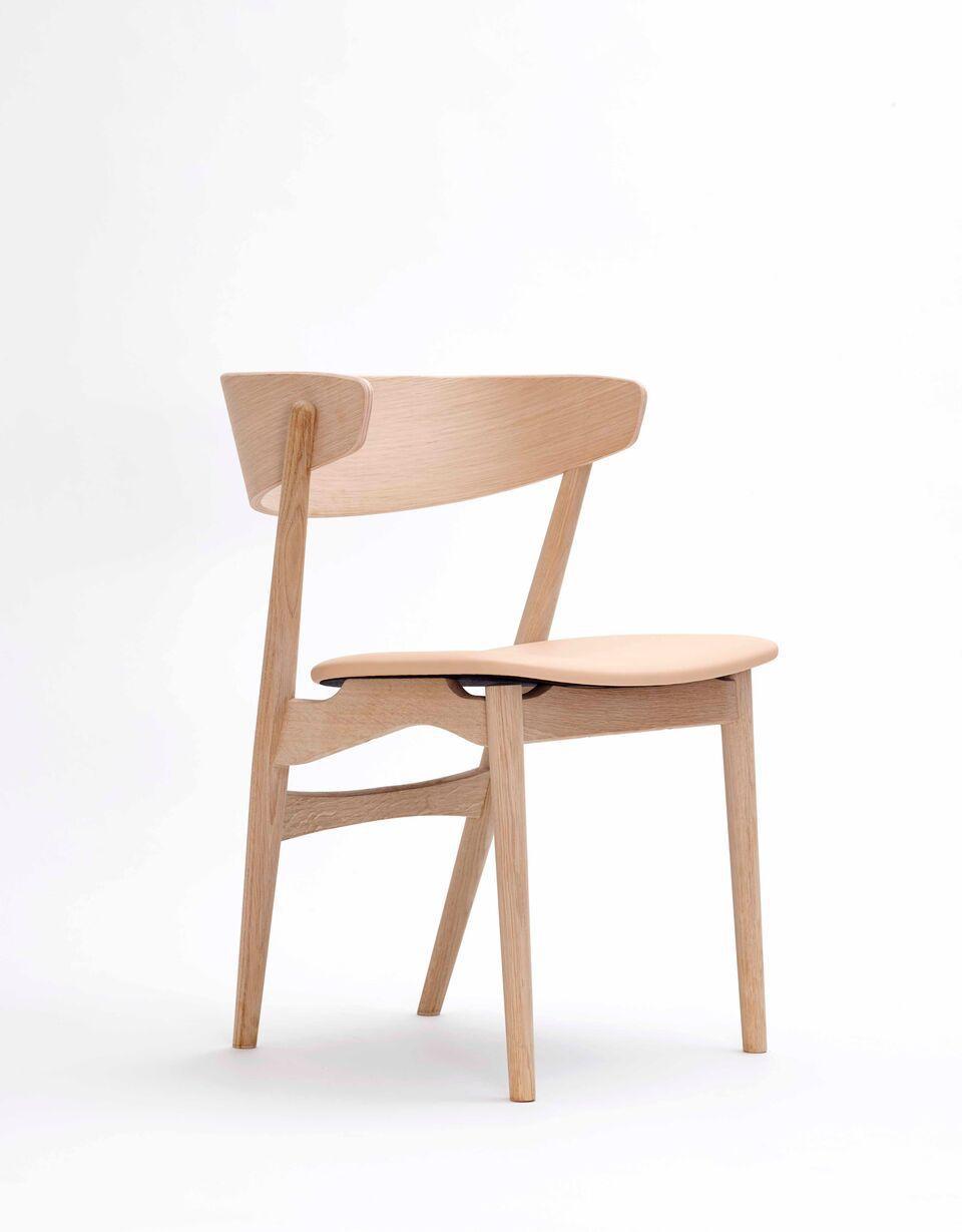 Charmant Stuhl / Skandinavisches Design / Wolle / Aus Eiche / Bugholz   No 7