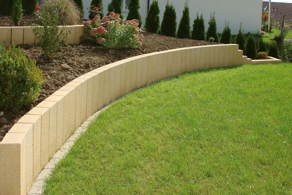 Randstein für den Garten / Beton / rechteckig - UHL