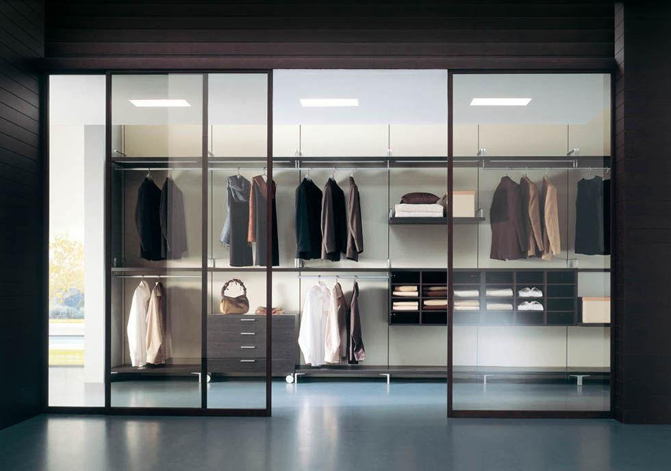 Begehbarer kleiderschrank modern  Wandmontierter Begehbarer -Kleiderschrank / modern / Holz / Glas ...