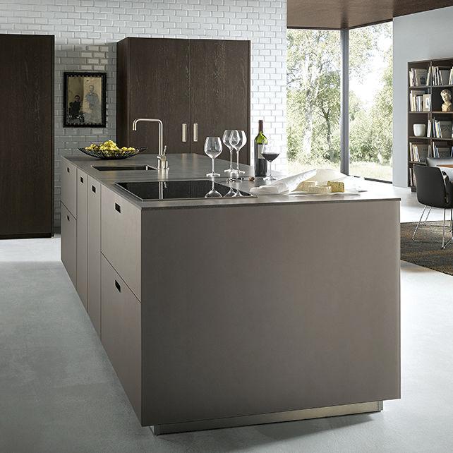 Moderne Küche / Glas / Kochinsel / Lackiert   NX 902