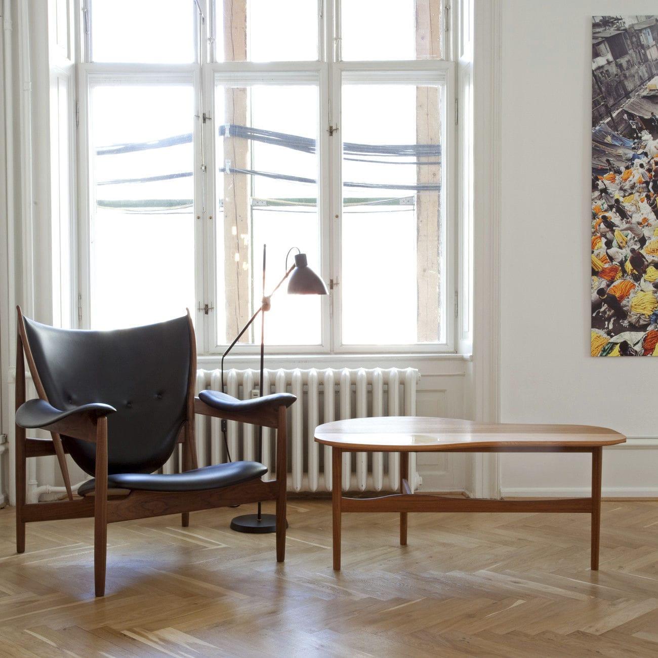 Couchtisch / Skandinavisches Design / Nussbaum / Aus Teakholz / Aus Kiefer    BUTTERFLY