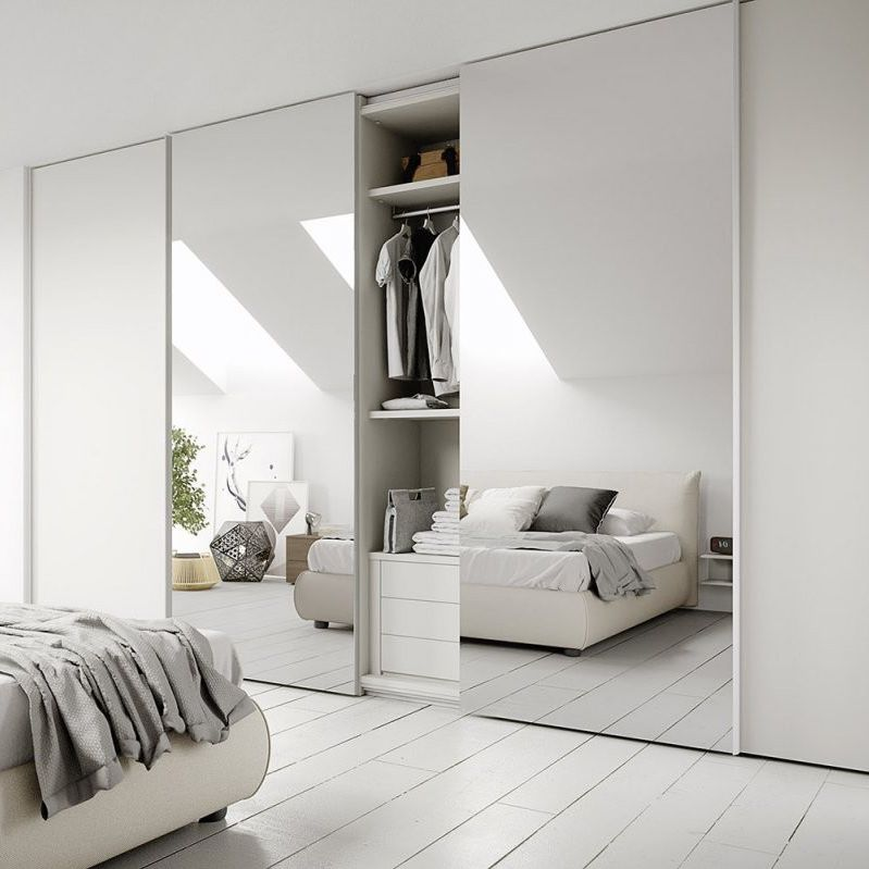 Moderner Kleiderschrank Lackiertes Holz Schiebetüren Spiegel