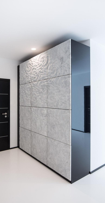 Moderner Kleiderschrank / hochglanzlackiertes Holz / aus Marmor ...