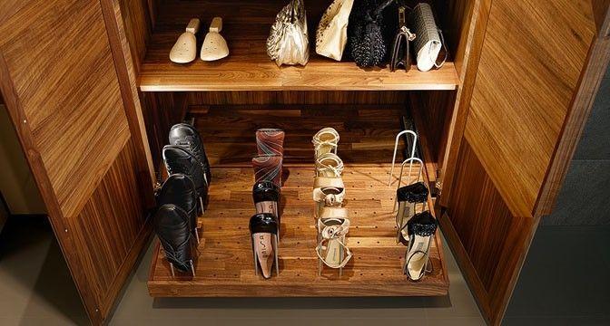 Moderner Begehbarer -Kleiderschrank / Holz - TEAM 7