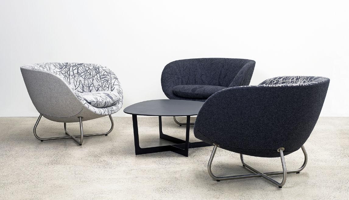 Moderne Sessel Design moderner besuchersessel aus eiche stoff polyurethanschaum