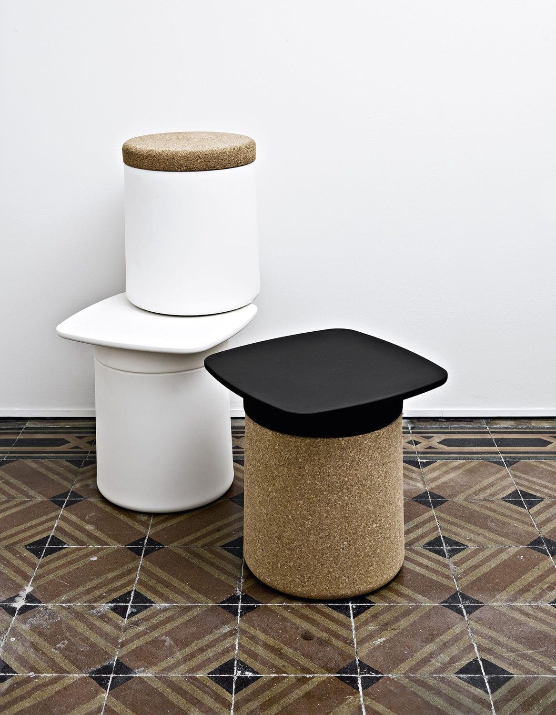 Moderner Beistelltisch / Kunststoff / quadratisch / für den Garten ...