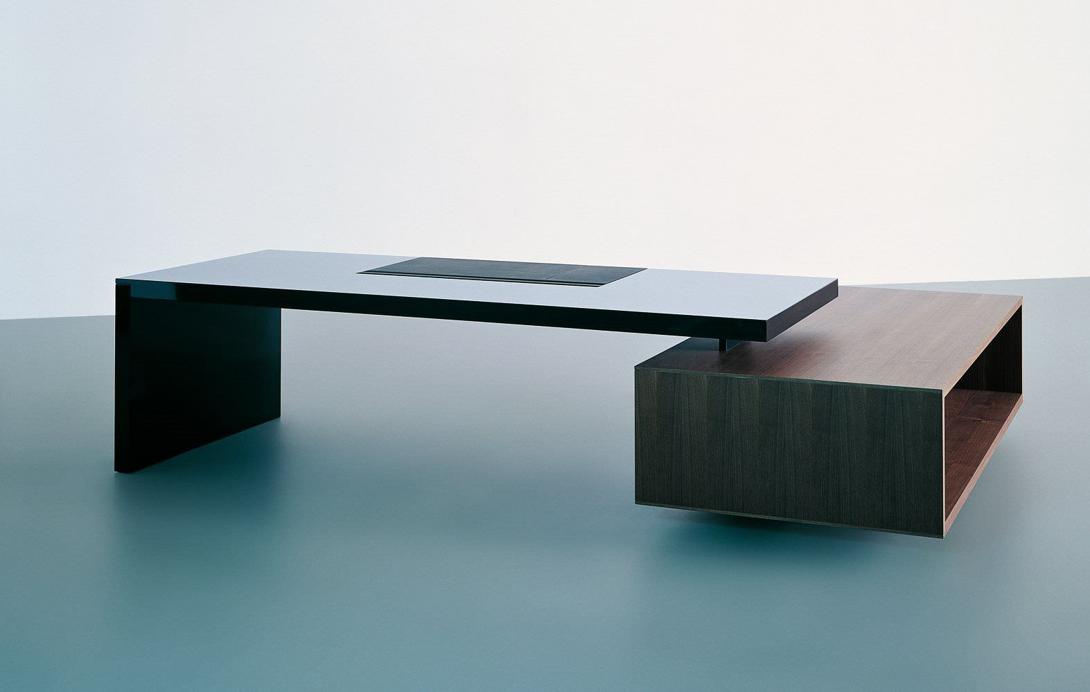 Moderne Schreibtische chefschreibtisch holz glas modern asymmetrical tecno