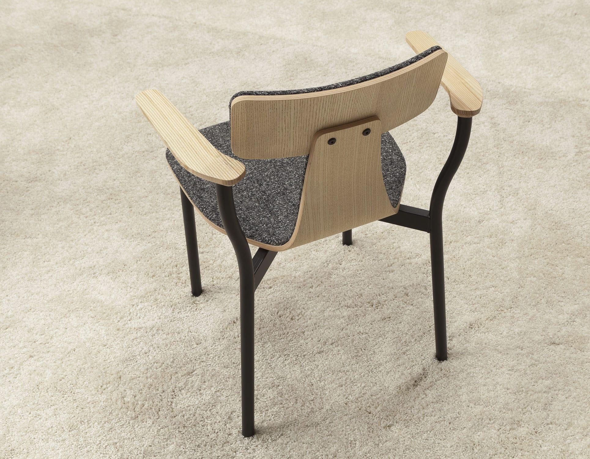 Stuhl gezeichnet  Stuhl / Skandinavisches Design / mit Armlehnen / Polster / Esche ...