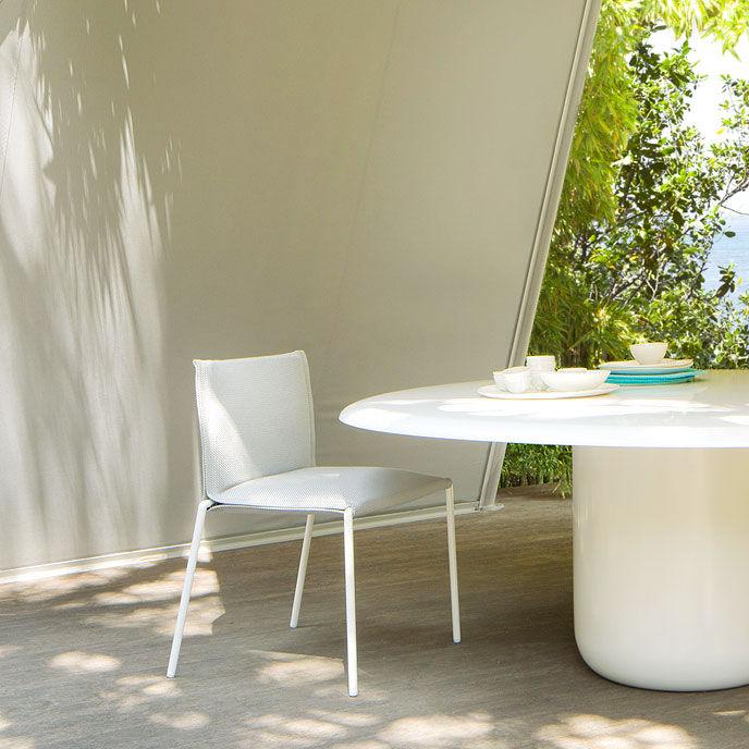 Moderner Stuhl / Stapel / mit abnehmbaren Bezug / Stoff - MAE by ...