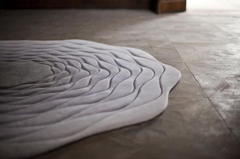 Moderner Teppich Streifenmuster Wolle Rund Hypnos By Atelier