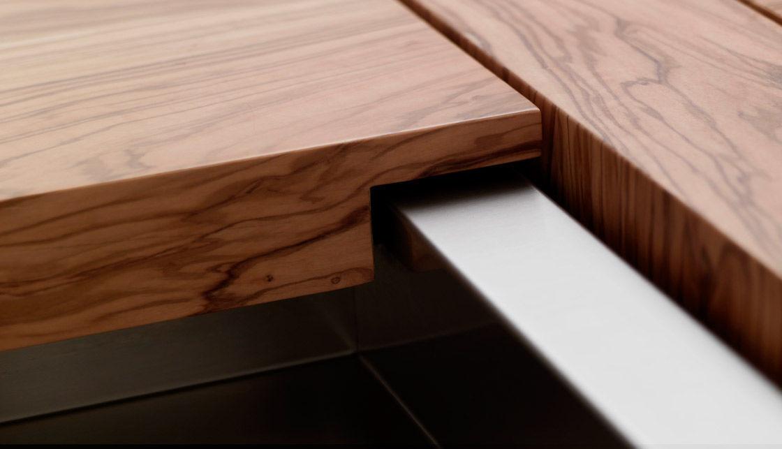 Moderne Küche / Holz / Kochinsel / Hochglanz - ESSENTIAL - TONCELLI