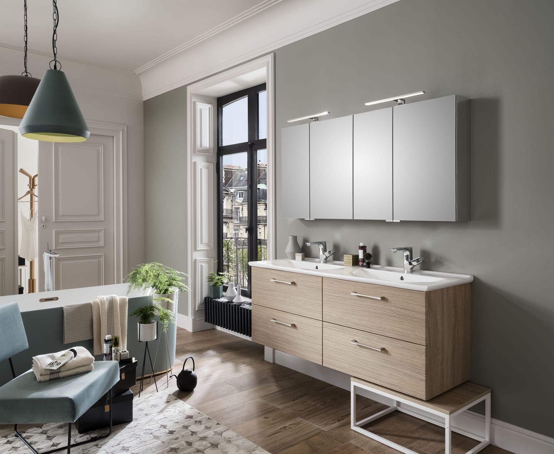 Modernes Badezimmer / Keramik / aus Eiche / kundenspezifisch ...