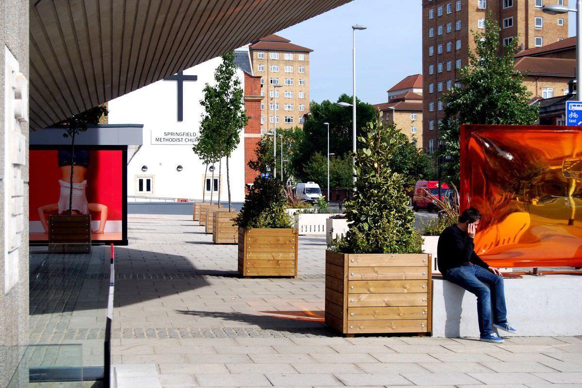 ... Holz Pflanzkübel / Rechteckig / Integrierter Bank / Modern GRENADIER  Street Design ...