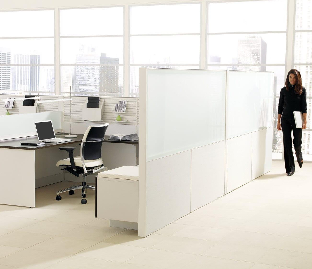 Bodenstehende Bürotrennwand / für Theken / Glas / Holz - LEVERAGE ...