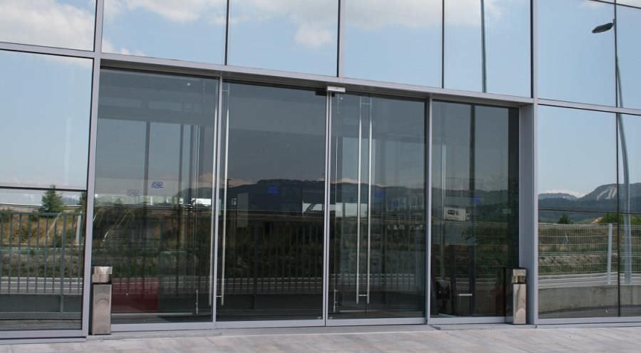Eingangstüren glas  Eingangstür / zum Schieben / Glas / automatisch - SLA - Angel Mir ...