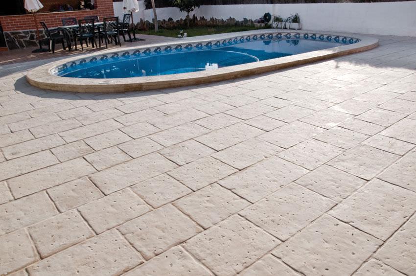 Fußboden Aus Beton Selber Machen ~ Außenbereich fliesen für poolrand für fußböden beton