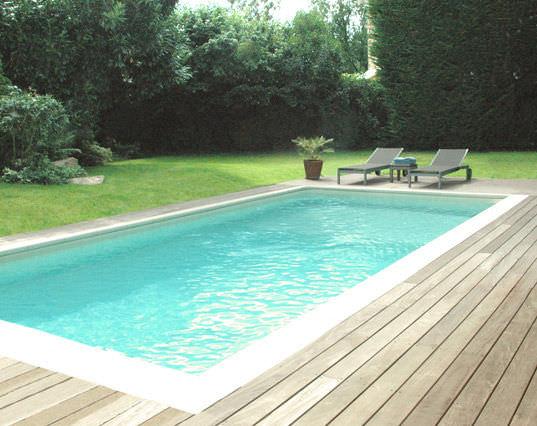 Erdverlegtes Schwimmbecken Beton Schalung Polymer Aussenbereich