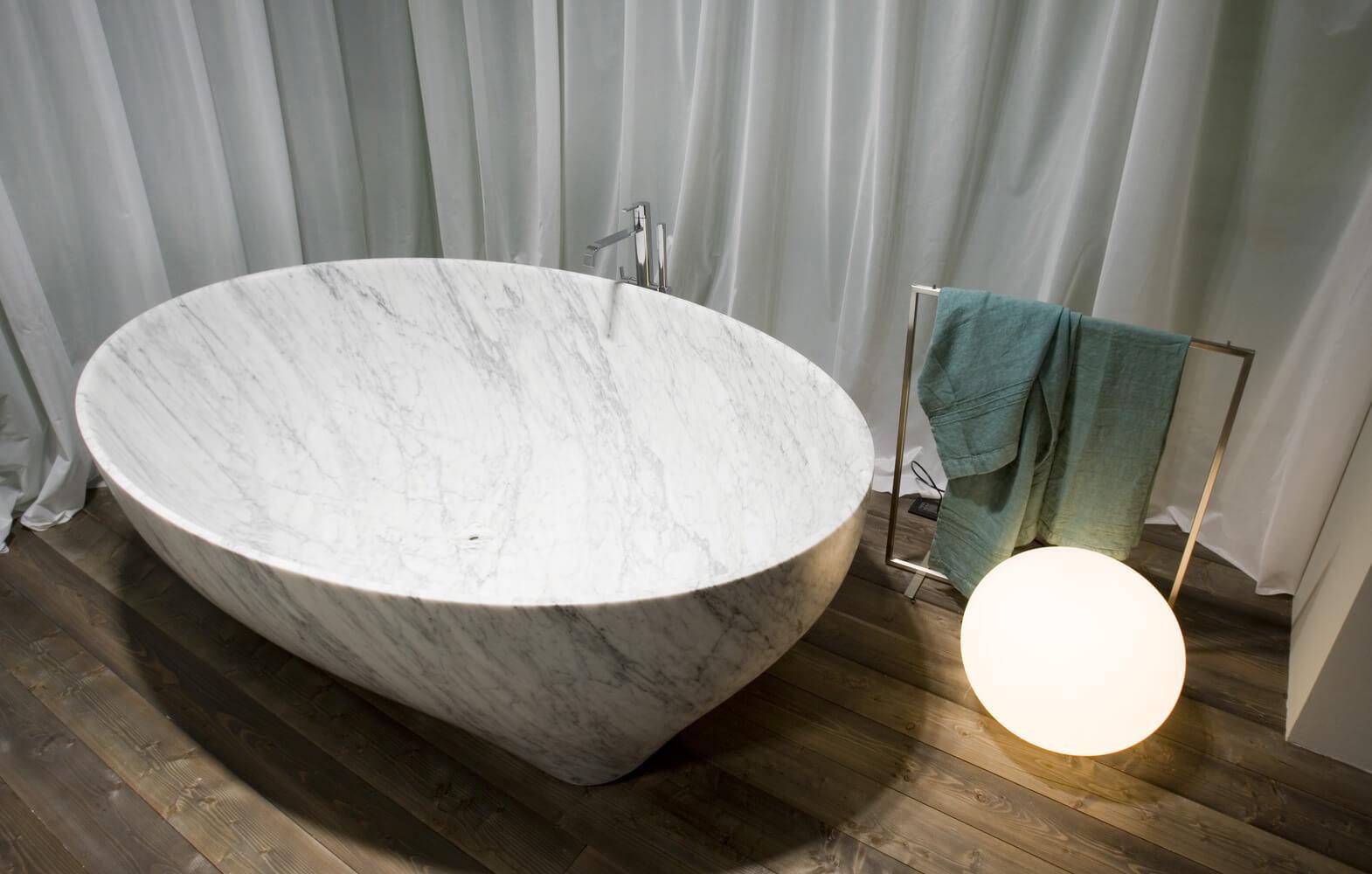 freistehende badewanne / oval / aus marmor / kunststoff - solidea, Badezimmer ideen
