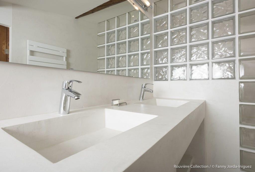 Waschtischunterschrank freistehend  Doppelter Waschtischunterschrank / freistehend / aus Zement ...