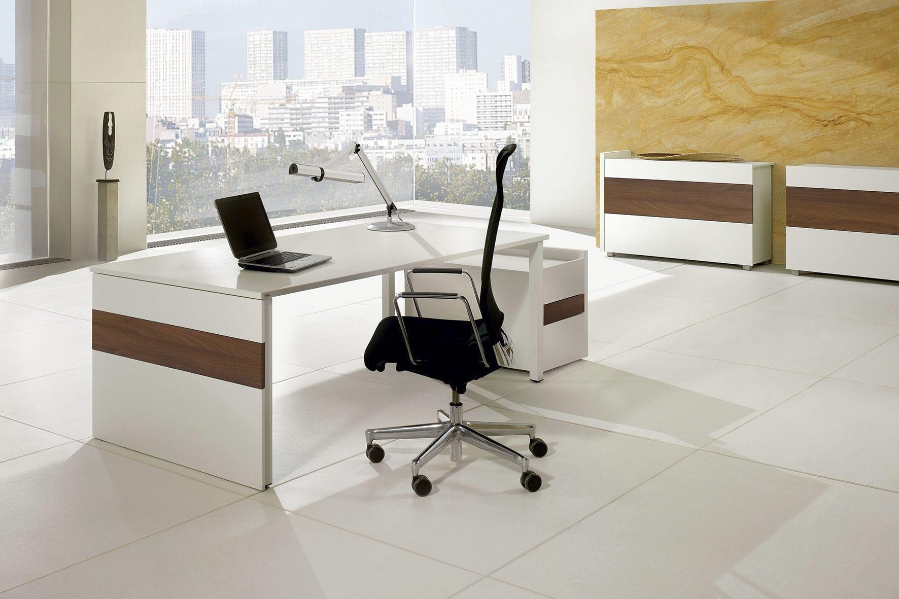 ... Holz Schreibtisch / Aus Aluminium / Melamin / Modern TRIASS ASSMANN  BÜROMÖBEL GMBH U0026 CO ...