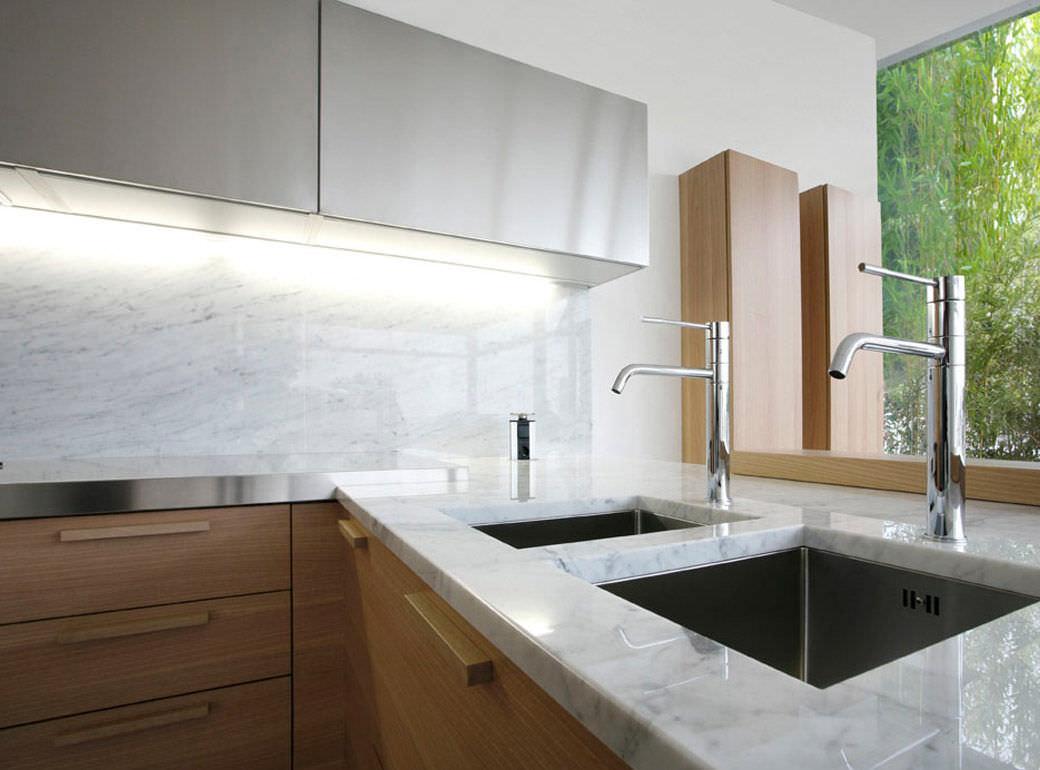 Moderne Küche / aus Edelstahl / aus Massivholz / Holz - +01/H ...