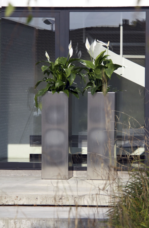 Moderne Pflanzkübel edelstahl pflanzkübel quadratisch modern macetero by hendrik