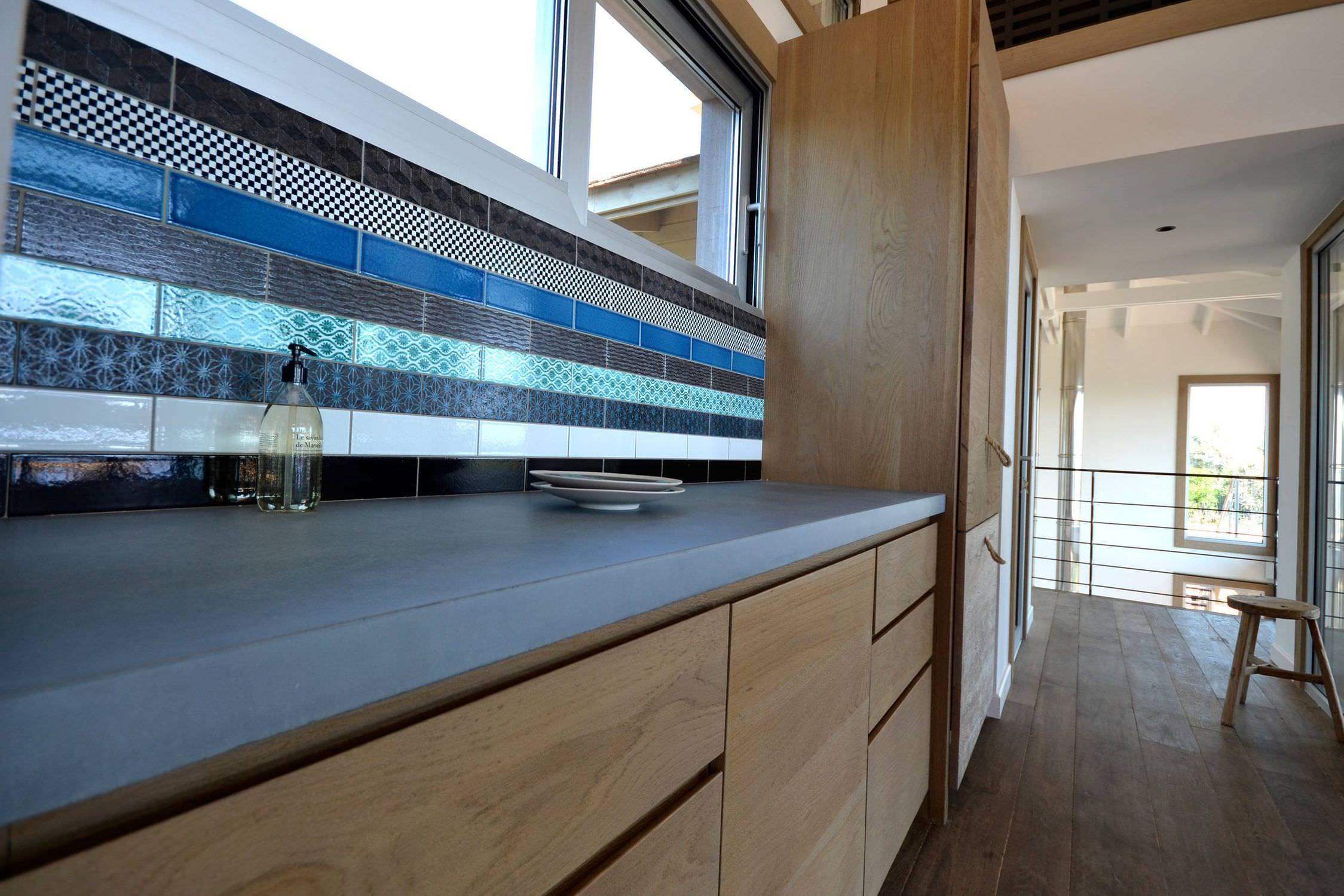 Beton-Arbeitsplatte / Küchen - Ilôt central en béton allegé ...