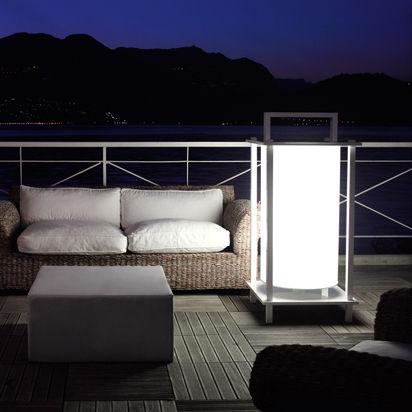 Bodenlampe Modern Edelstahl Gestrichenes Aluminium Phoebe
