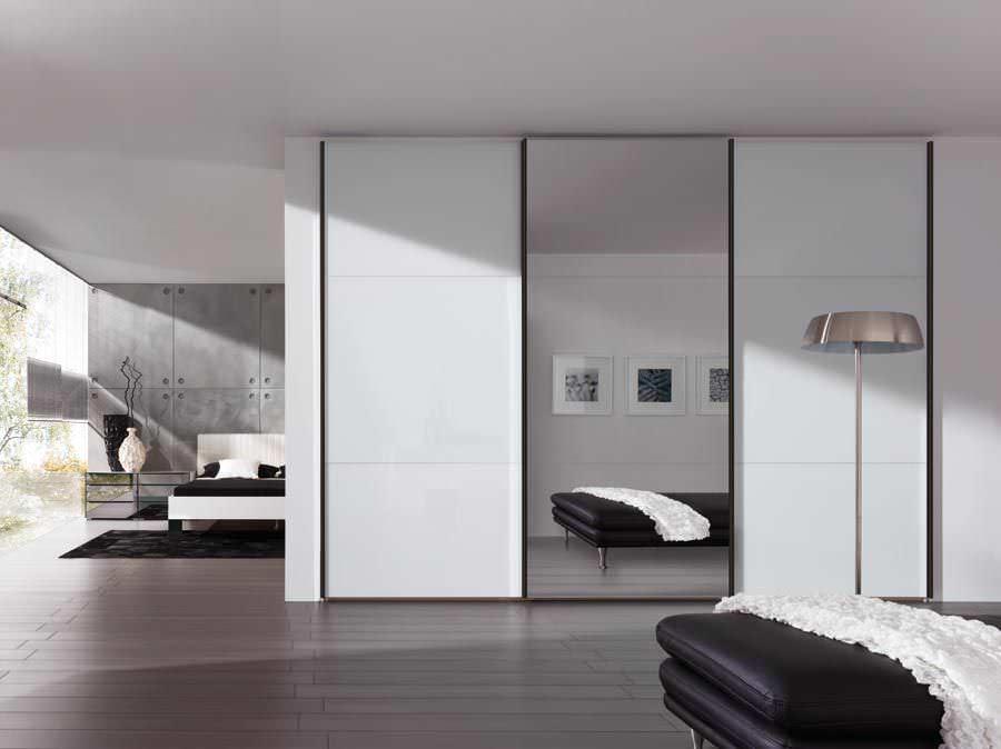 Moderner Kleiderschrank / Holz / Schiebetüren - CRECIDO - Nolte
