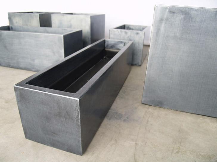 Zink-Pflanzkübel / quadratisch / modern / öffentliche Bereiche ...