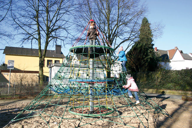 Klettergerüst Pyramide : Klettergerüst für spielplätze spielart horsham h pro urba
