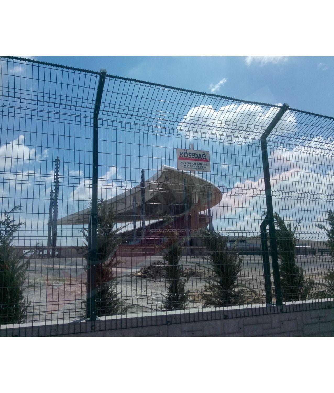 Zaun für Sportplätze / geschweißter Maschendraht / Metall - STANDARD ...
