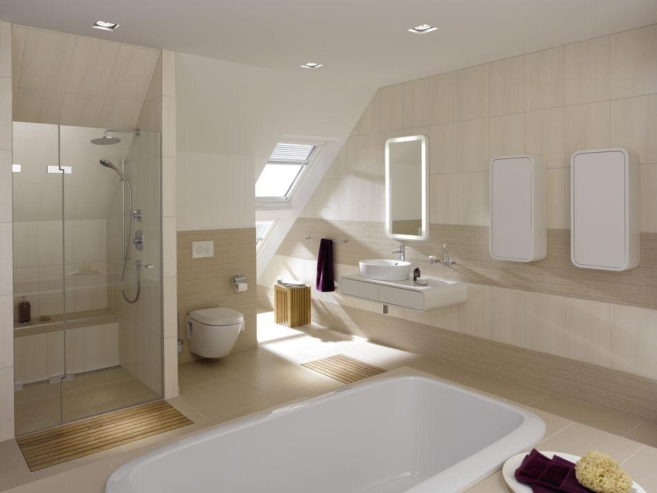 Hängendes WC / Keramik / Mit Eingebauter Spülung / Spülrandlos NC TOTO  Europe GmbH