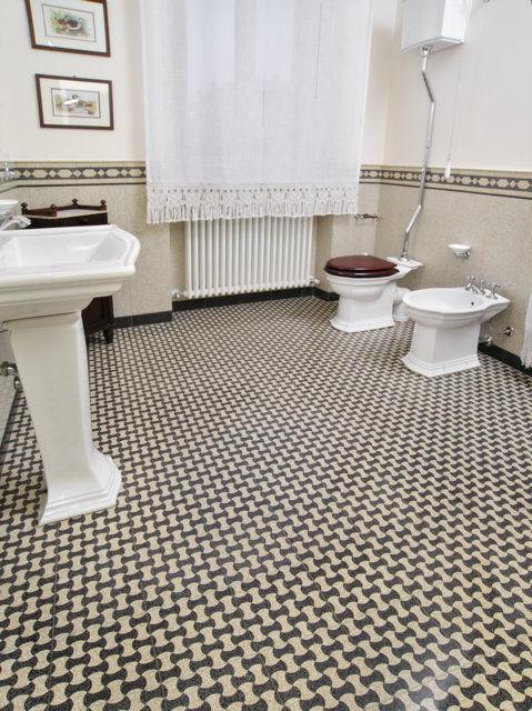 Fliesen Fur Badezimmer Fur Boden Aus Terrazzo Mit