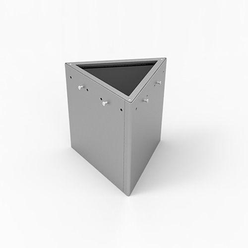 Stahl-Pflanzkübel / dreieckig / modern / für öffentliche Bereiche ...