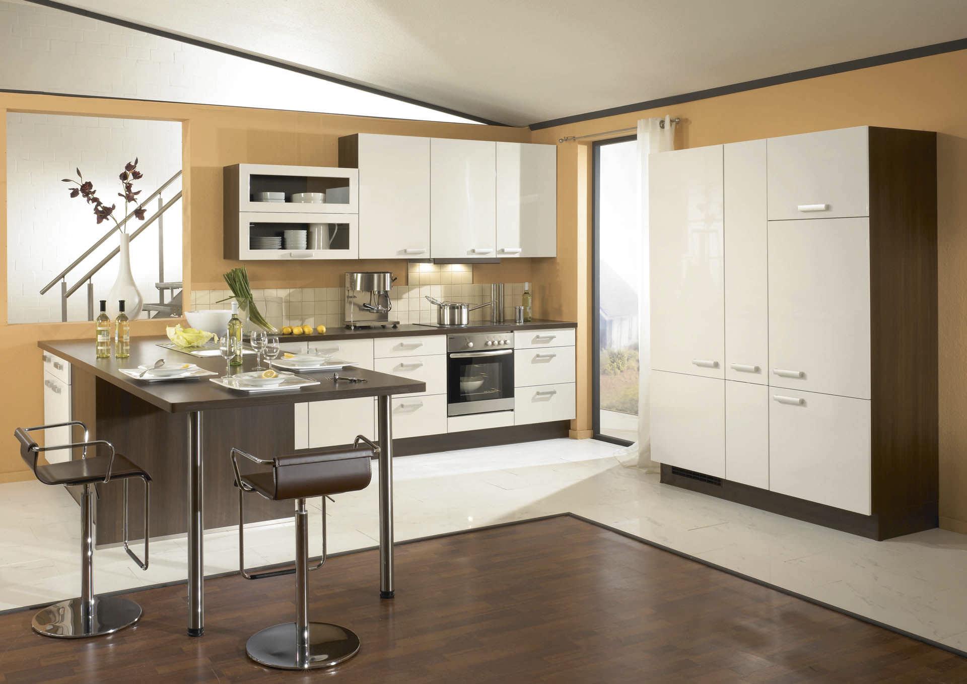 Moderne Küche / Holzfurnier / lackiert / mit Griffen - PRIMO 704 ...