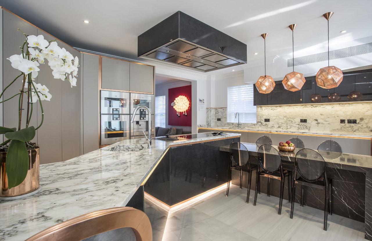 kuche mit kochinsel tm italien, moderne küche / aus marmor / kochinsel / ohne griff, Design ideen